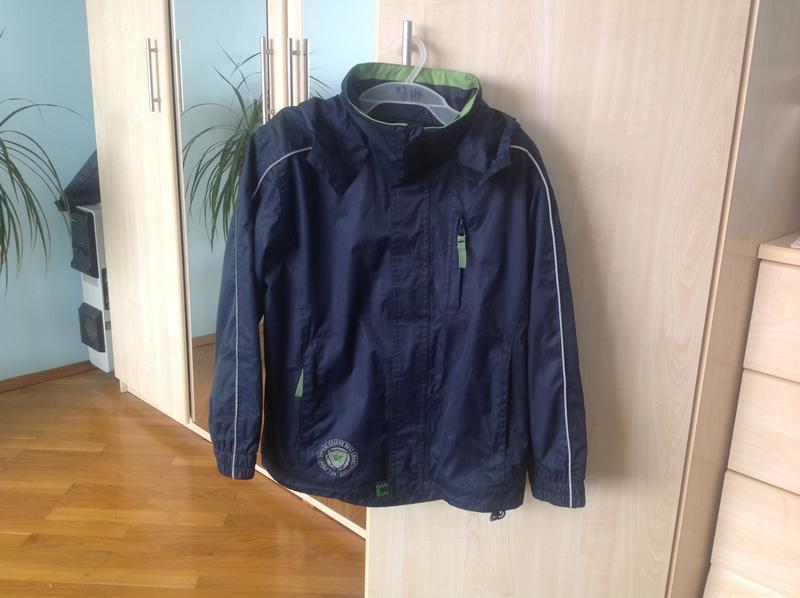 Куртка ветровка для мальчика 122-128 р.