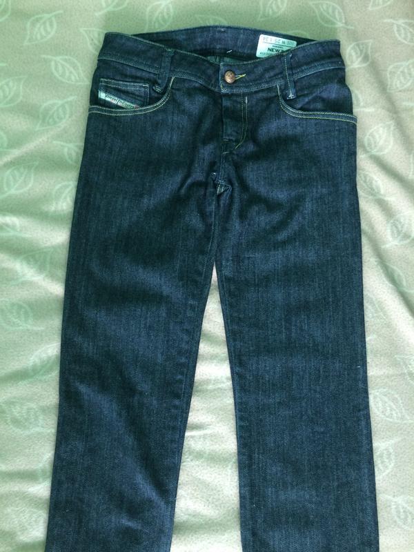 Класичні джинси diesel 25 розмір.