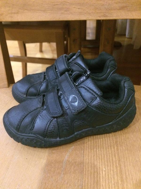 Кожанные кроссовки туфли 28 р. 18 см.