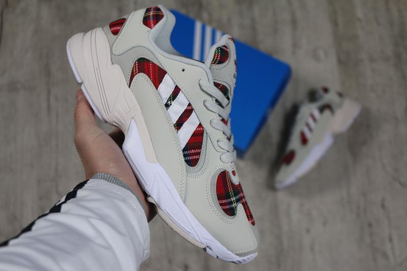 Шикарные мужские кроссовки adidas yung-1