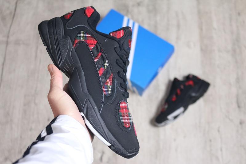Шикарные мужские кроссовки adidas yung-1 black