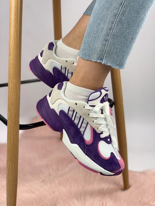 Шикарные женские кроссовки adidas yung-1 violet