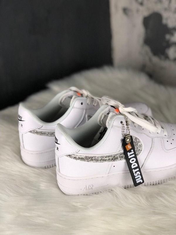 Шикарные женские кроссовки nike air force 1 just do it full white