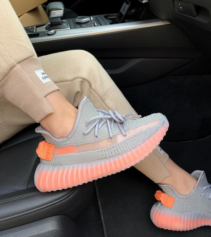 Шикарные женские кроссовки adidas yeezy boost 350 v2 clay