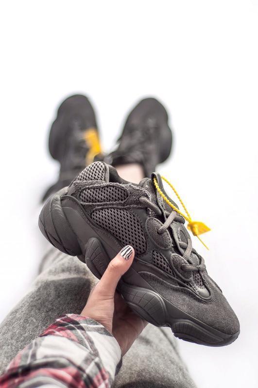 Шикарные женские кроссовки adidas yeezy boost 500 black