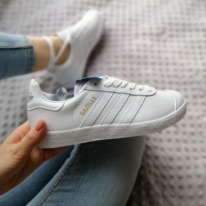 Шикарные женские кроссовки adidas gazelle white
