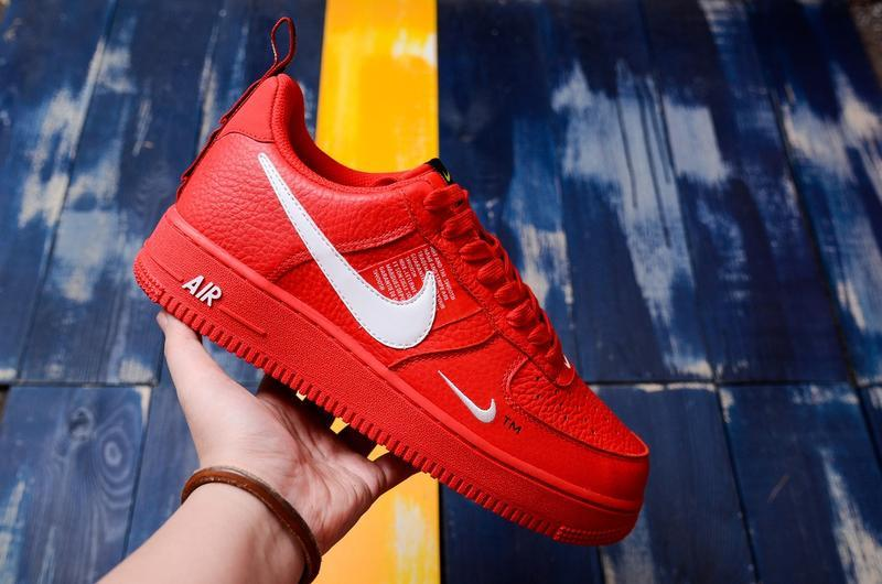 Шикарные кроссовки nike air force low 1 red utility