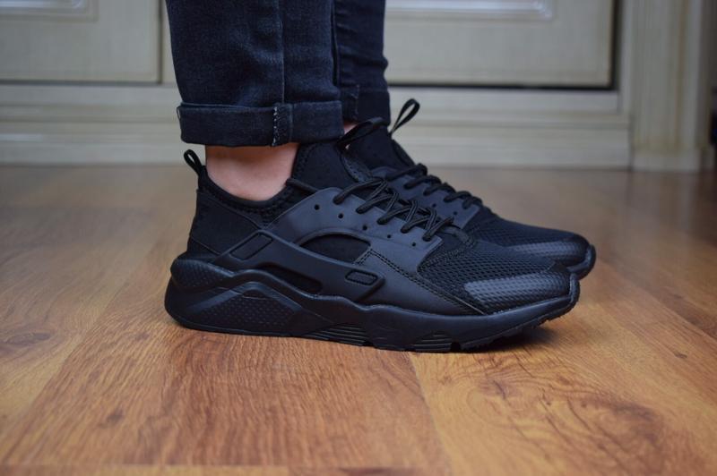 Шикарные женские кроссовки nike huarache черные полностью