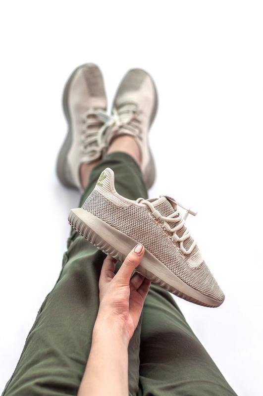Шикарные женские кроссовки adidas tubular shadow grey