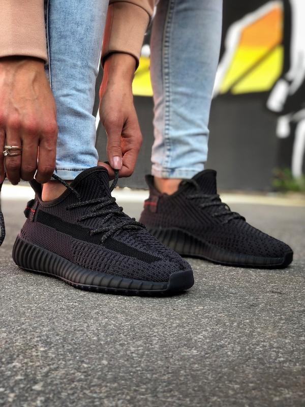 Шикарные мужские кроссовки adidas yeezy boost 350 black
