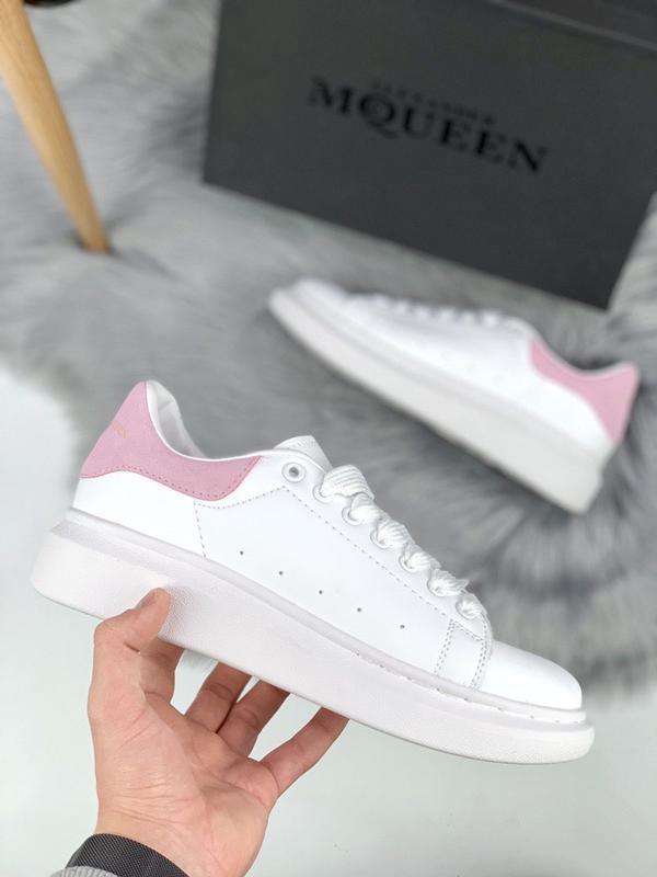 Шикарные женские кроссовки alexander mcqueen pink white
