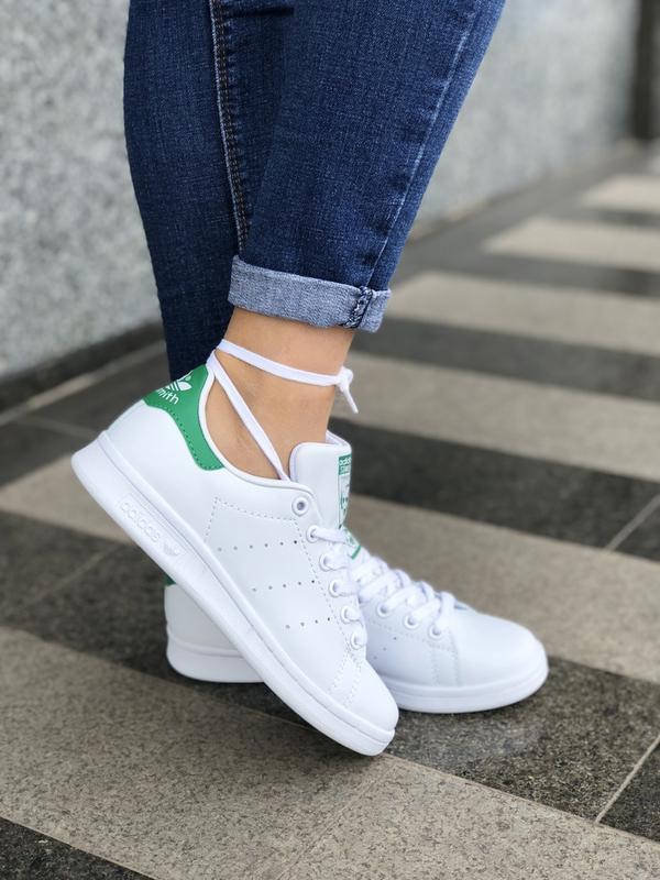 Шикарные женские кроссовки adidas stan smith white green
