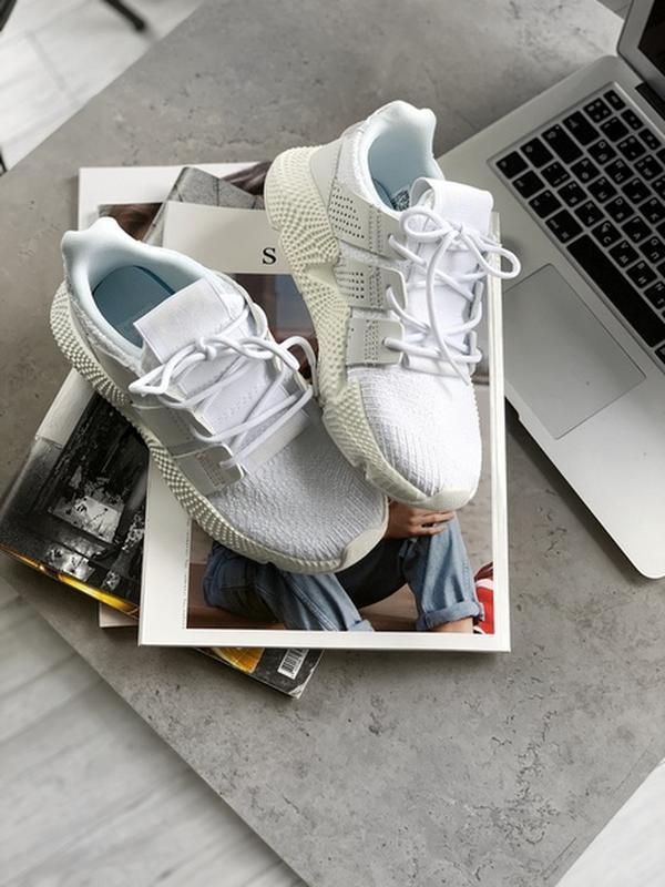 Шикарные женские кроссовки adidas prophere w white