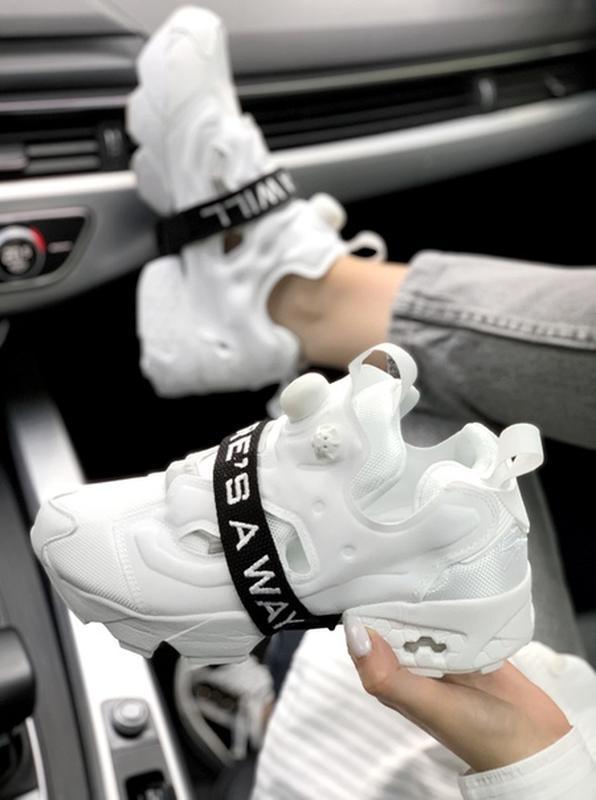 Шикарные женские кроссовки reebok insta pump fury white белые