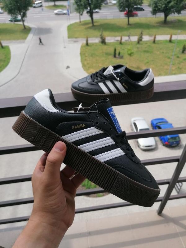 Шикарные женские кроссовки adidas samba чёрные
