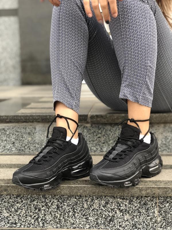 Шикарные женские кроссовки nike air max 95 black чёрные