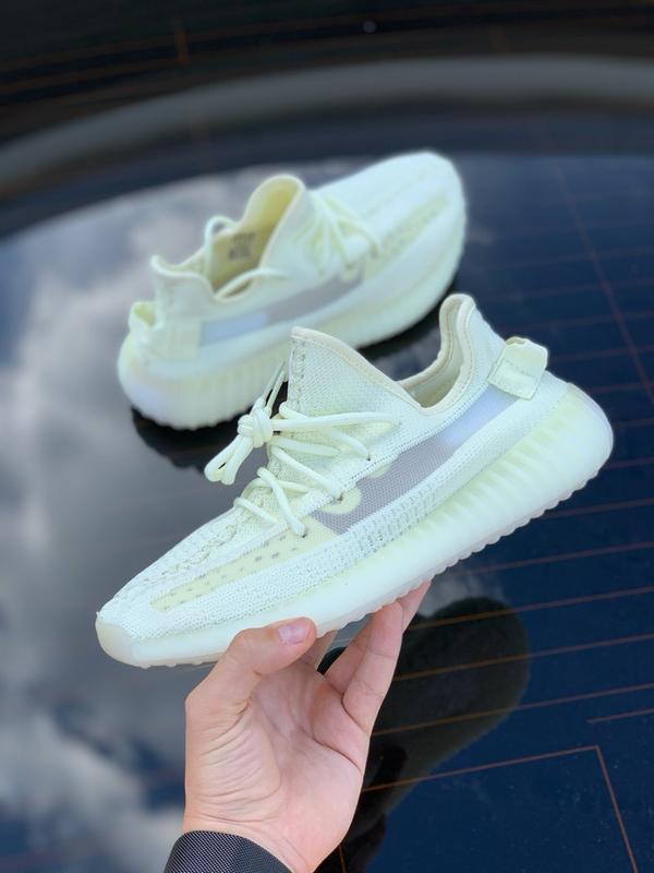 Шикарные женские кроссовки adidas yeezy boost 350 lemon жёлтые