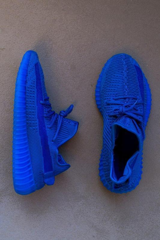 Шикарные кроссовки adidas yeezy boost 350 v2 blu синие