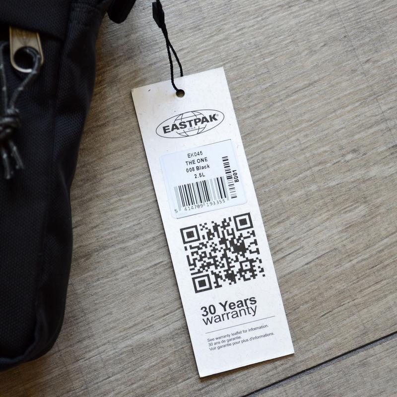 Сумка месенджер eastpak the one messenger bag ek045 190 black ... - Фото 2
