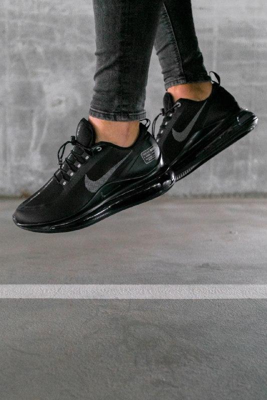 Шикарные мужские кроссовки nike air max 720 new 2019 black чёрные