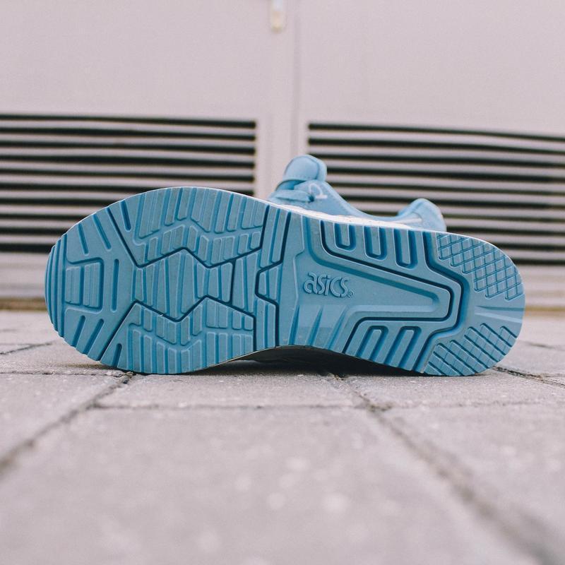 Шикарные женские кроссовки asics gel lyte 5 v голубые - Фото 2