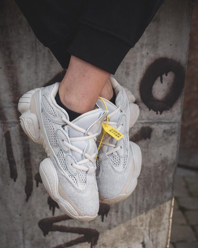 Шикарные кроссовки adidas yeezy boost 500 blush бежевые