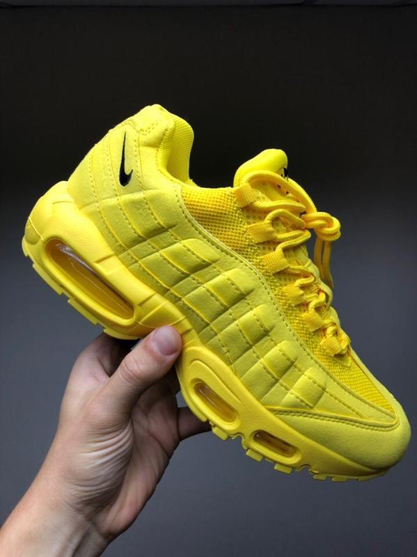Шикарные женские кроссовки nike air max 95 желтые