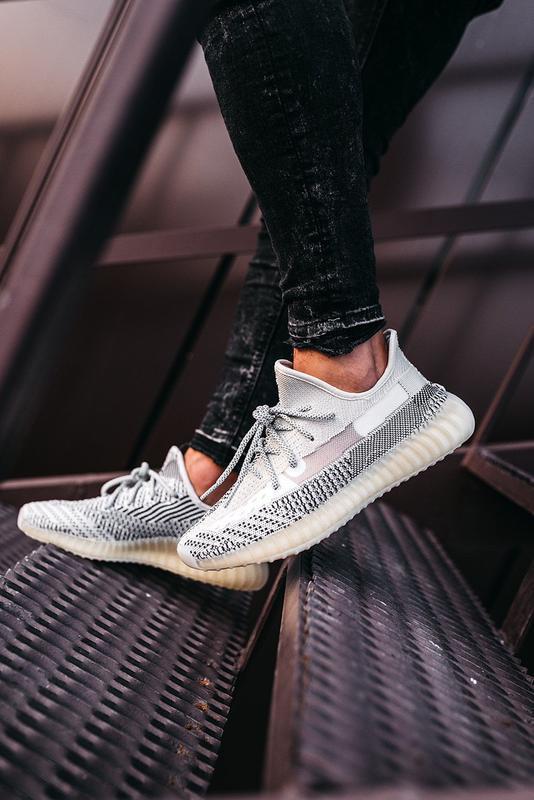 Шикарные кроссовки adidas yeezy boost 350 v2 topen