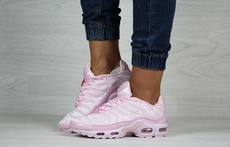 Шикарные женские кроссовки nike air max tn + plus розовые