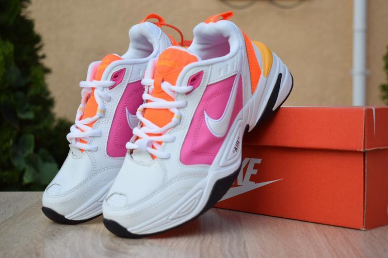 Шикарные женские кроссовки nike air monarch белые с розовым