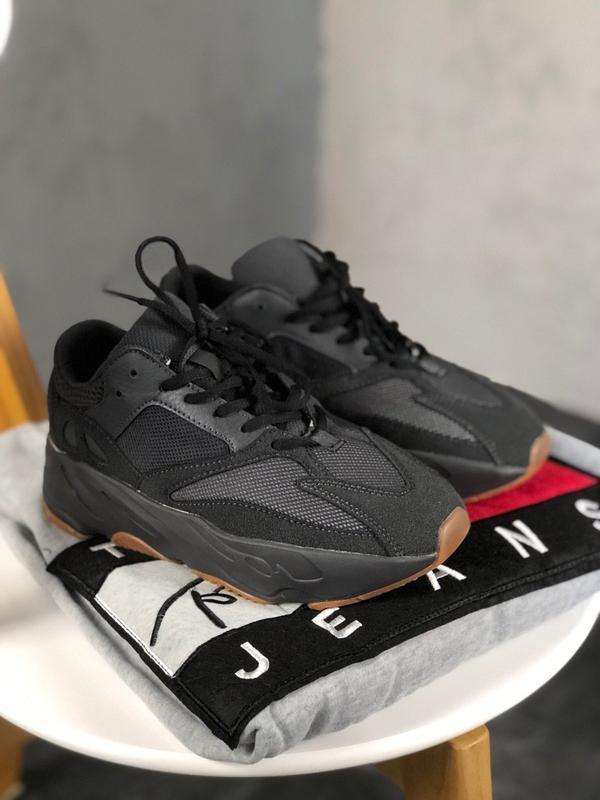 Кроссовки adidas yeezy boost 700 utility black