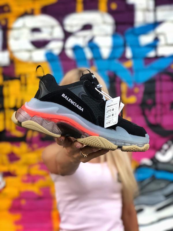 Шикарные женские кроссовки balenciaga triple s чёрные