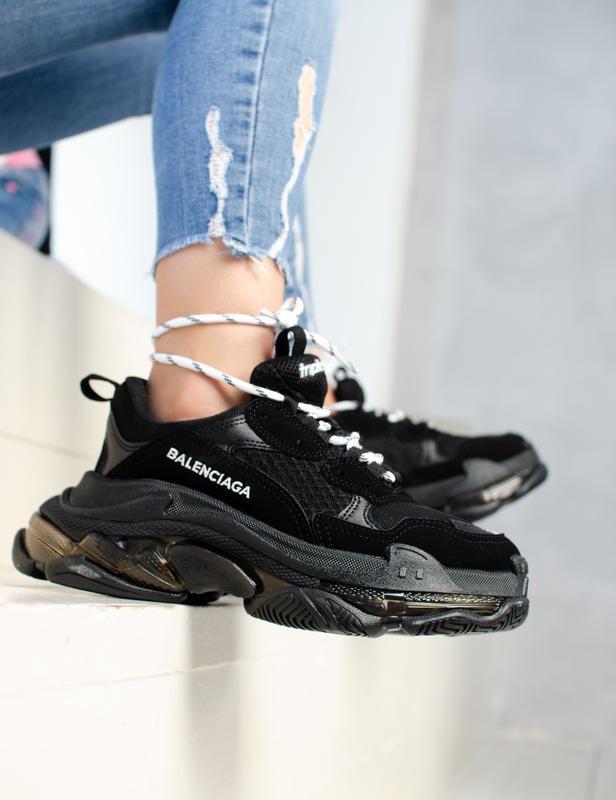 Шикарные женские кроссовки balenciaga triple s black чёрные