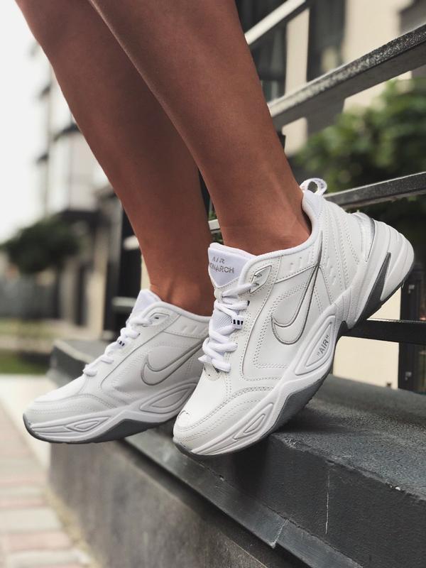 Шикарные женские кроссовки nike air monarch white