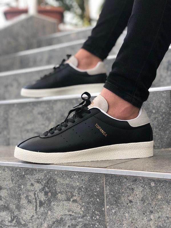 Шикарные женские кроссовки adidas topanga black чёрные