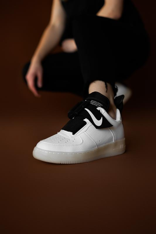 Шикарные женские кроссовки nike air force utility white black ...