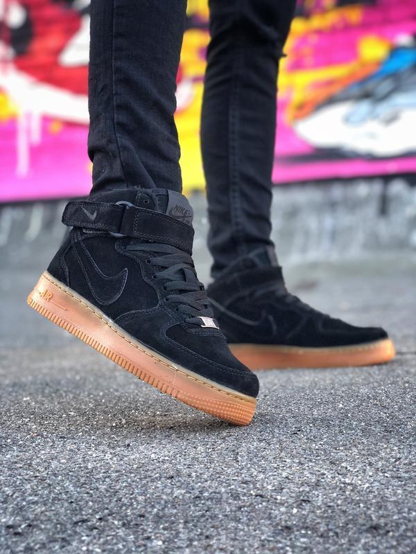 Шикарные женские кроссовки nike air force 1 high чёрные с мехо...