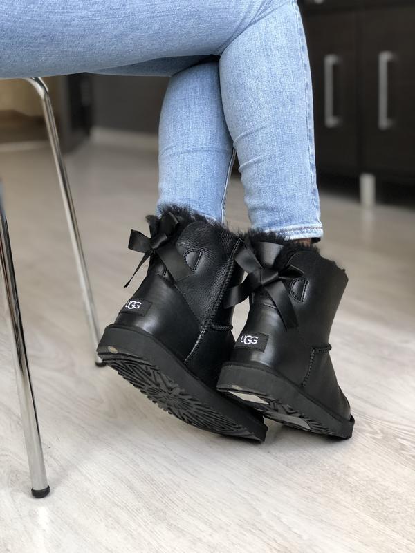 Шикарные женские сапоги угги ugg bailey bow mini black 😃 (осен...
