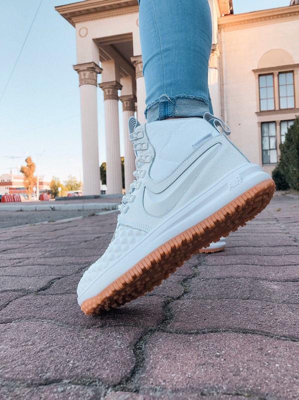 Шикарные женские кроссовки nike lunar force 1 duckboot white б... - Фото 2