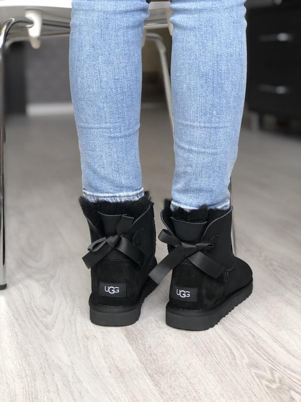 Шикарные женские сапоги угги ugg mini bailey bow black чёрные ...
