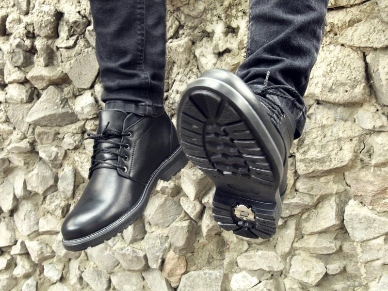 Шикарные мужские ботинки сапоги дезерты чёрные кожанные зимние... - Фото 3