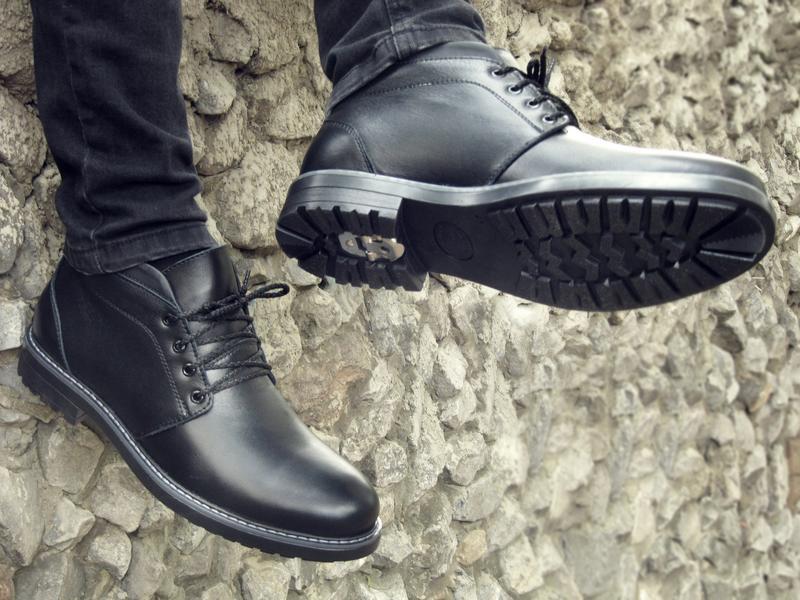 Шикарные мужские ботинки сапоги дезерты чёрные кожанные зимние... - Фото 5