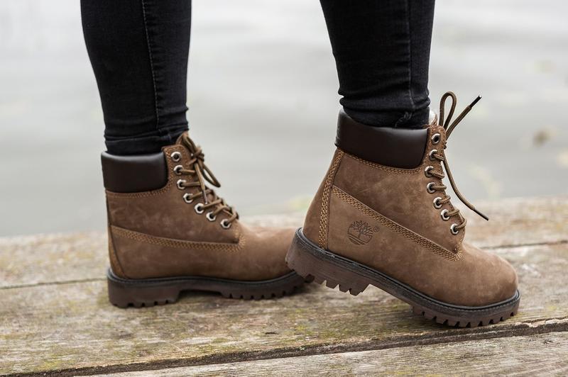 Шикарные женские ботинки timberland с мехом коричневые зимние ... - Фото 3