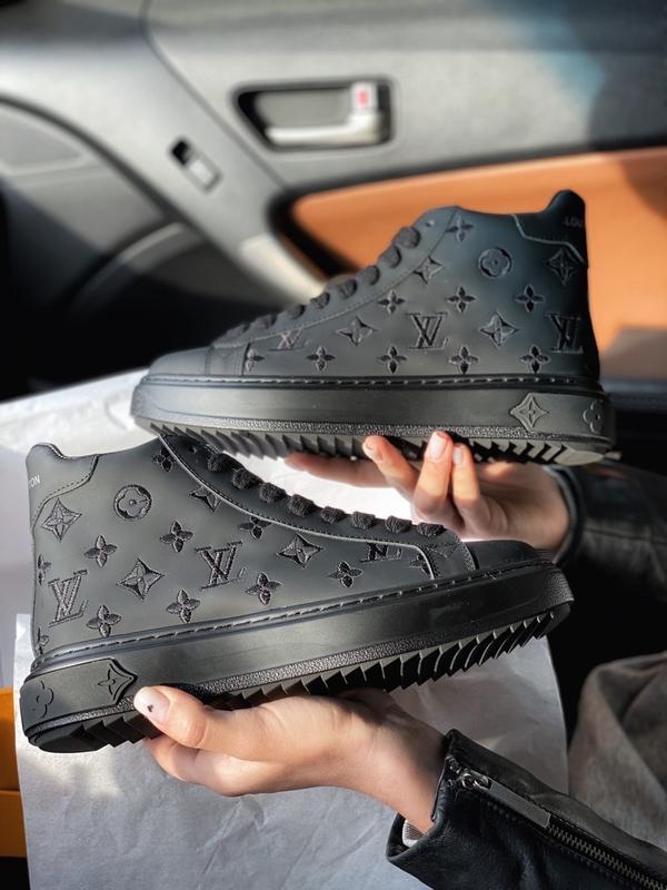 Шикарные женские кроссовки louis vuitton sneakers high black 😃...