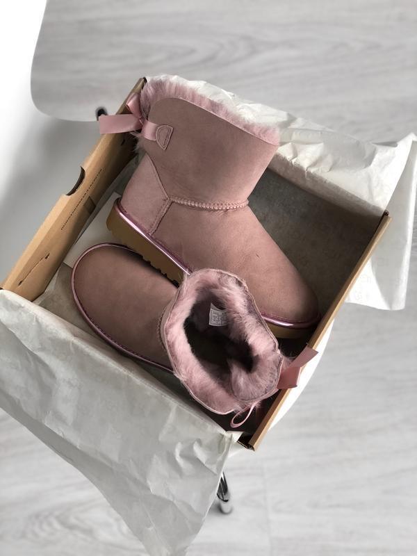 Шикарные женские сапоги угги ugg mini bailey bow dusk pink роз... - Фото 3