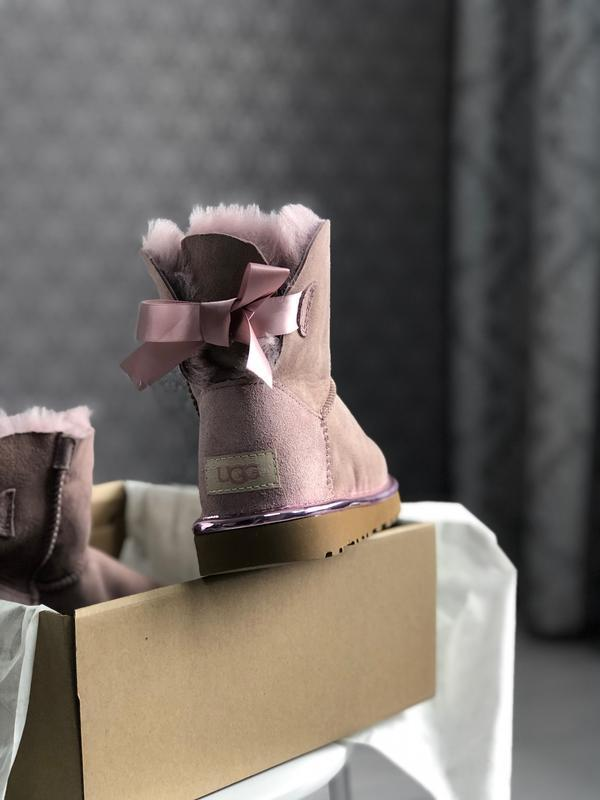 Шикарные женские сапоги угги ugg mini bailey bow dusk pink роз... - Фото 4