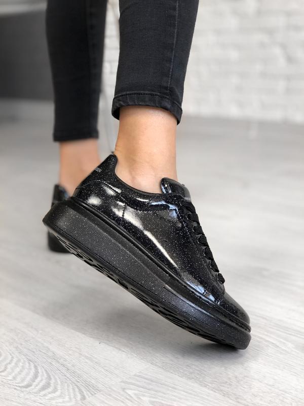 Шикарные женские кроссовки alexander mcqueen black galaxy luxu...