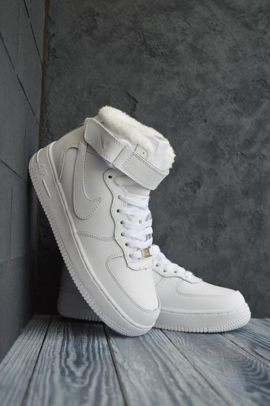 Шикарные женские кроссовки nike air force 1 high с мехом белые...