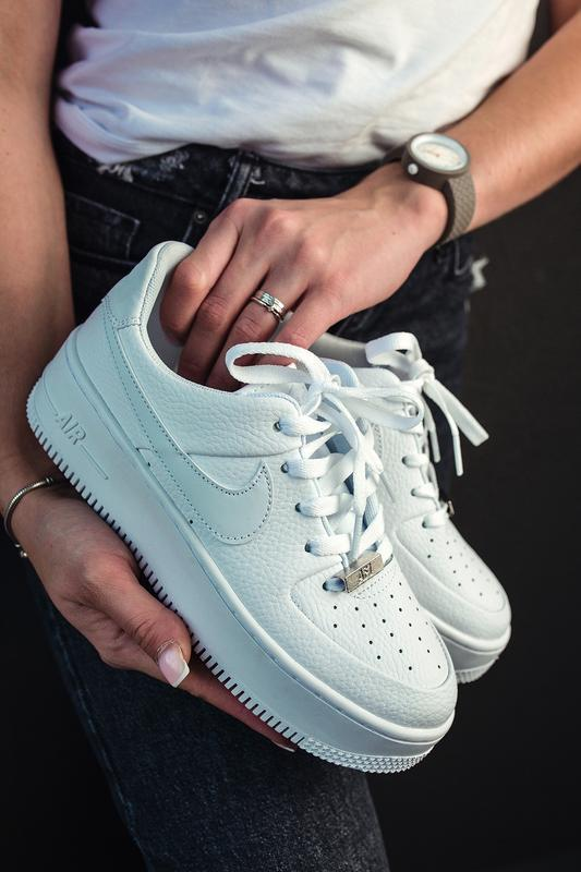 Шикарные женские кроссовки nike air force 1 low platform white...