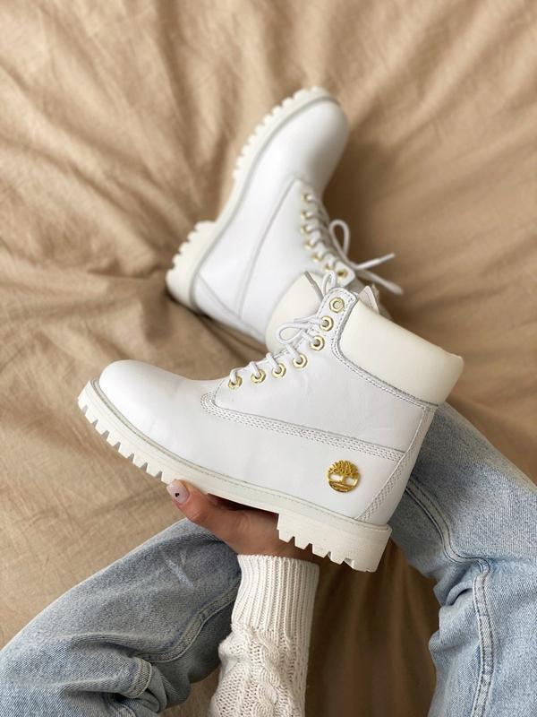 Шикарные женские ботинки timberland 6 inch premium white мех 😃...